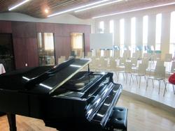 音楽室をご紹介します