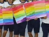 2年生 図工 「虹の切れはし」