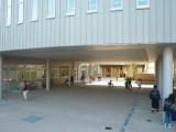 新校舎の紹介4「ピロティ」