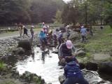 4年生 遠足「引地川公園泉の森」へ