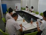 先生達も勉強しています。